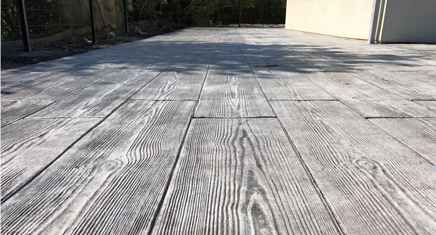 hormigón imitación madera por su patio